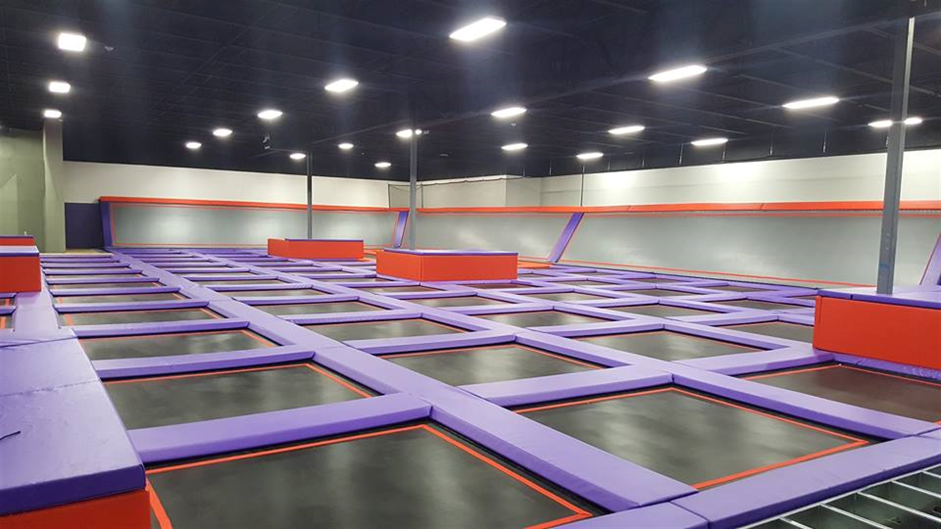 altitude trampoline park jumping into fort lauderdale